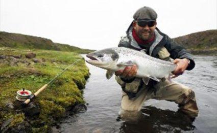 Taylor River Lodge Colorado, Fly Fishing Colorado, holiday Colorado, Aardvark Mcleod Colorado, Fly fishing guides Colorado