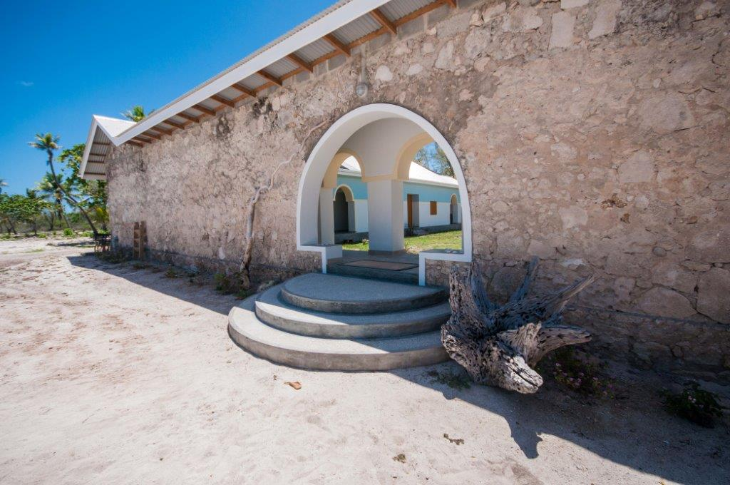Aardvark McLeod Astove atoll coral house