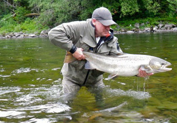 salmon lodge, camp bonaventure, fishing salmon canada, atlantic salmon canada, fishing cascapedia, aardvark mcleod