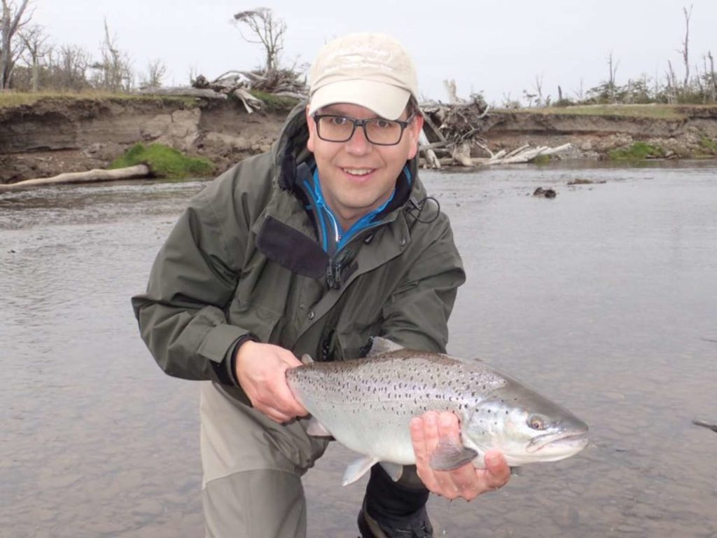 Argentina world end lodge 2016 season sea trout fishing for Fishing in argentina