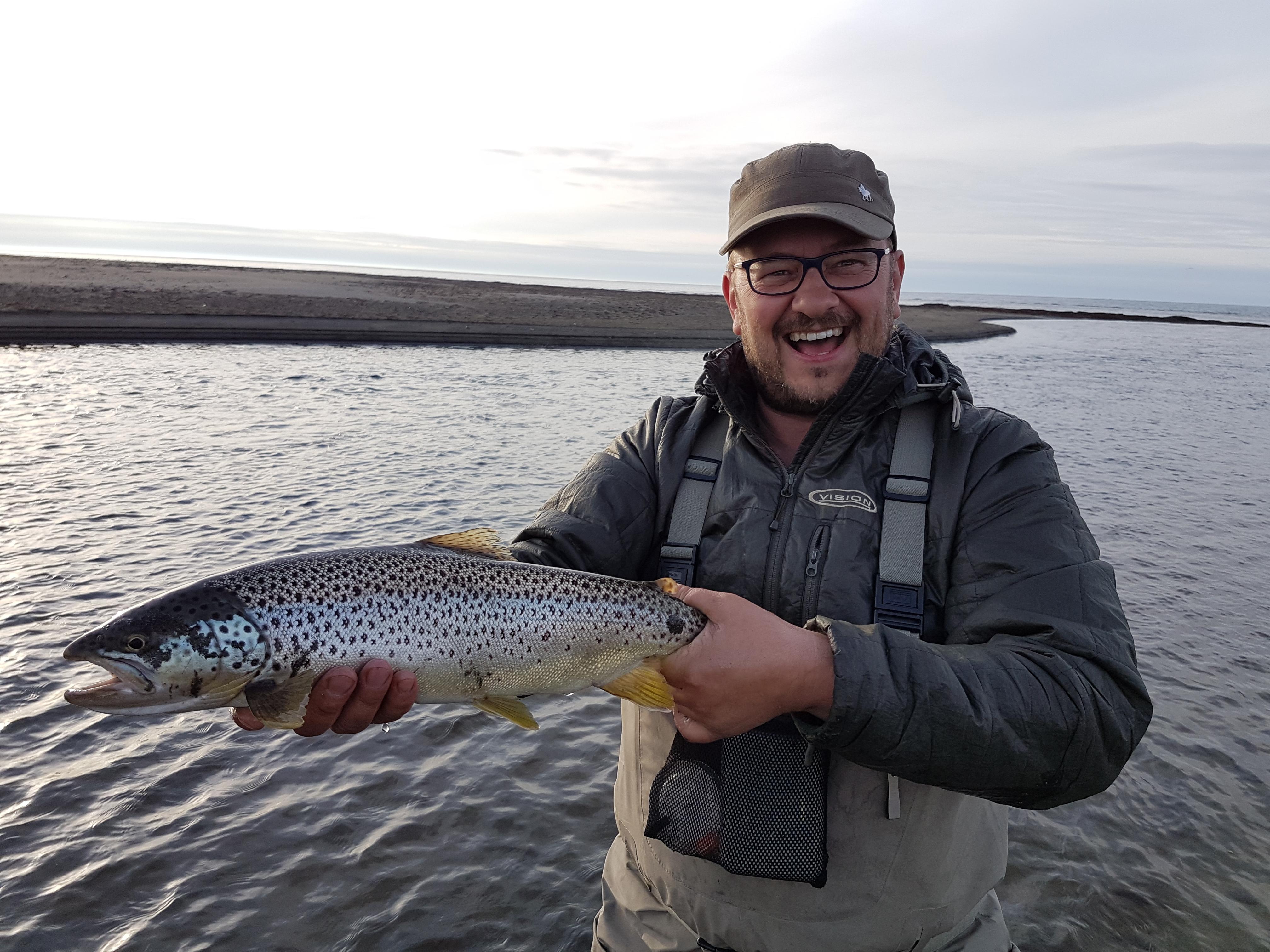 Lonsa River, Iceland, Fly Fishing, Aardvark McLeod, Lónsá