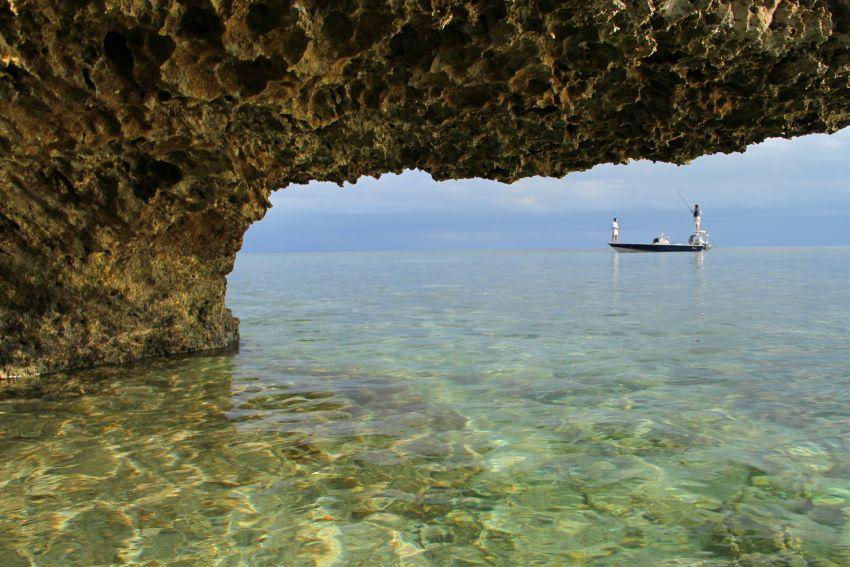 H20 Bonefishing, Grand Bahama, Bahamas, Aardvark McLeod, bonefish, fishing in Bahamas,