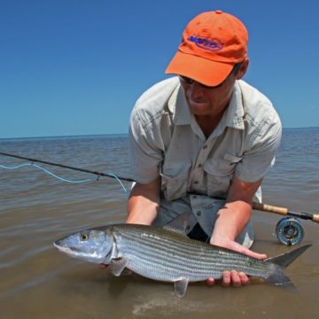 H20 Bonefishing, Grand Bahama, Bahamas, Aardvark McLeod, bonefish, fishing in Bahamas,