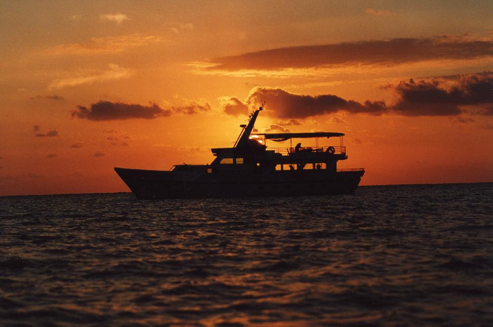 Perola Yacht, Isla de la Juvetud, Isle of Youth, Cuba, flats fishing, Avalon