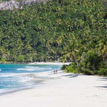 North Island Seychelles beach Aardvark McLeod