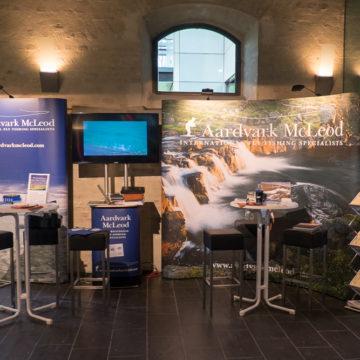 Aardvark McLeod show stand