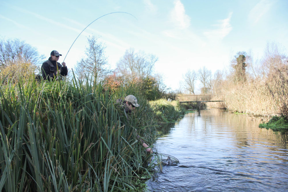 Lisa Isles, Grayling, UK fishing Guide, river fishing, Aardvark McLeod