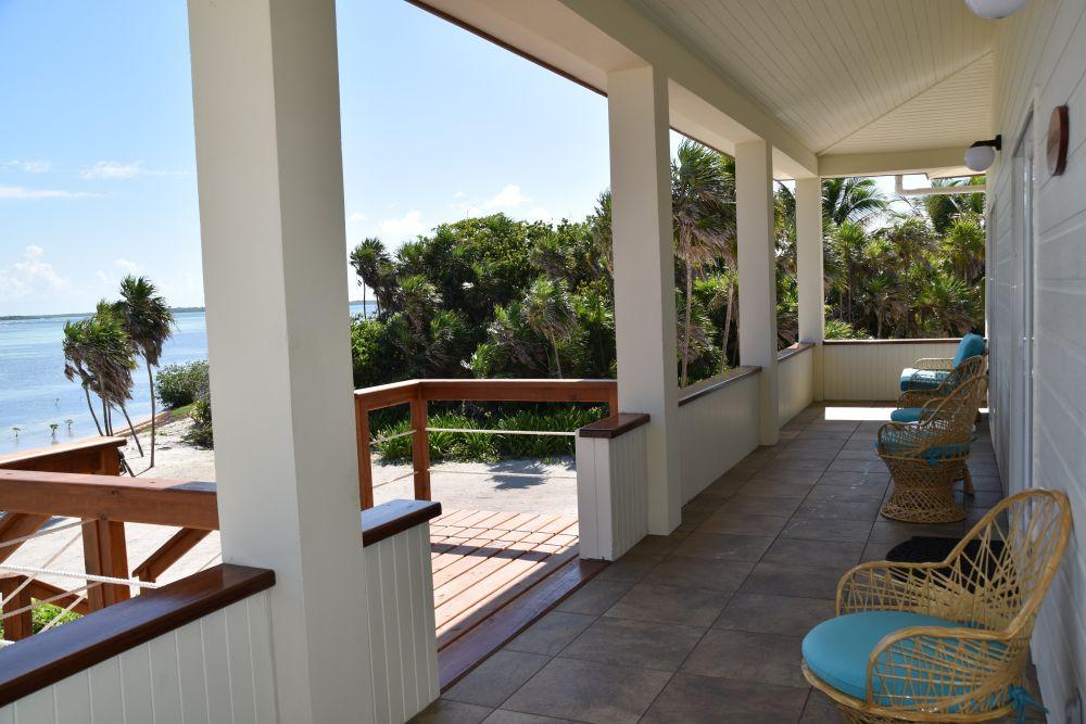 Pelican Villa, Turneffe Flats Lodge, Belize, Aardvark McLeod