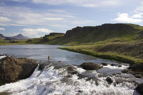 fishing holidays iceland, fly fishing nordura, fishing holidays, fly fishing for Atlantic Salmon, Fishing the hitch, Aardvark McLeod
