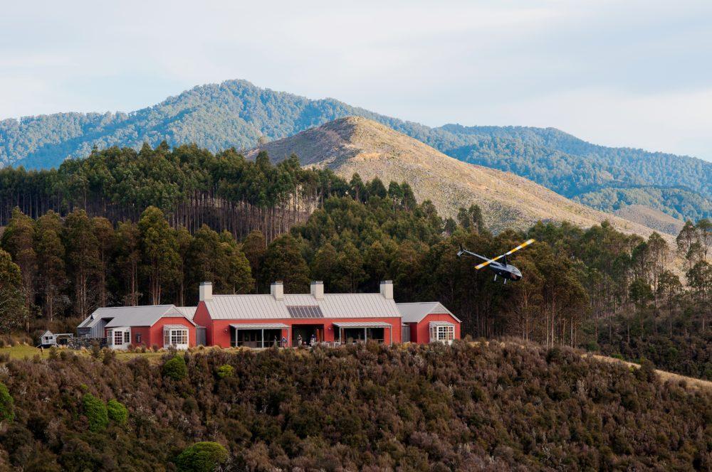 Poronui Lodge, New Zealand, Fishing, Hunting, fishing guides New Zealand