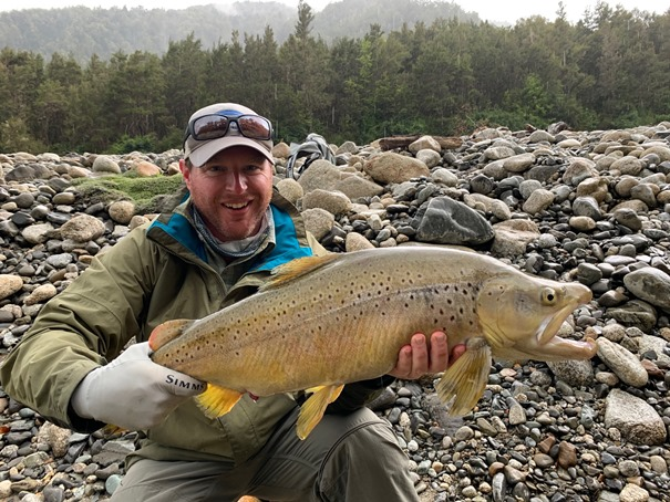 New Zealand, Owen River Lodge, fly fishing