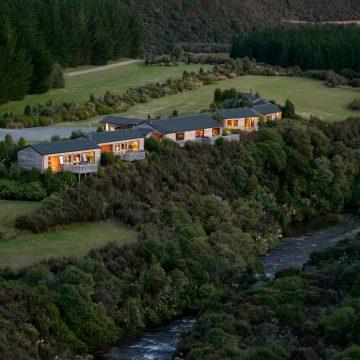 New Zealand, Poronui Lodge, Aardvark McLeod
